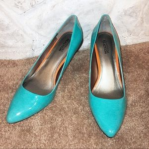 NWOT Kenneth Cole Reaction Hill top heels